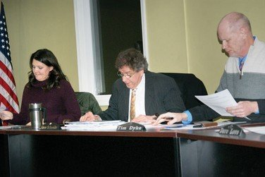 Almont moves to dissolve the DDA