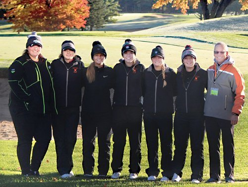 Almont girls' golf ranks eighth in state