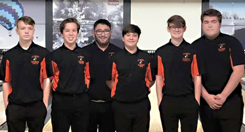 Almont rolls to  a 11th at finals
