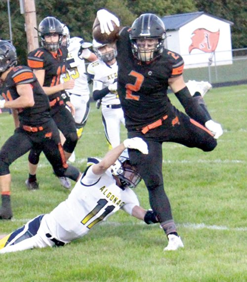 Almont opens with 33-0 win