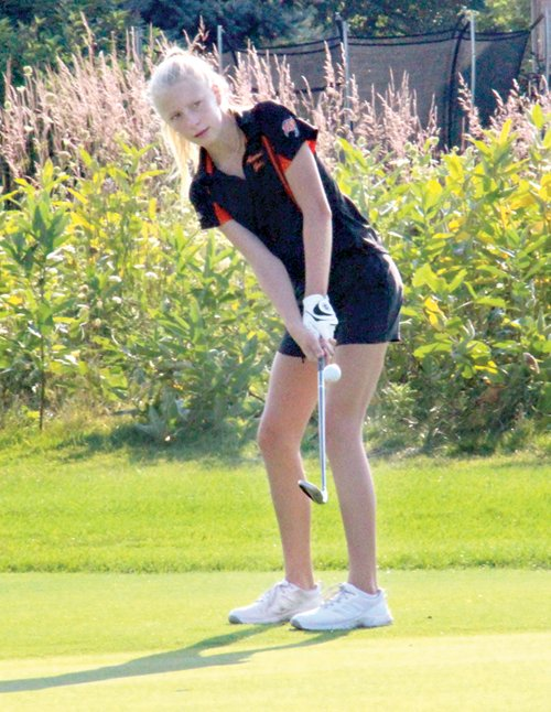 Kautz cards an 82 for Almont