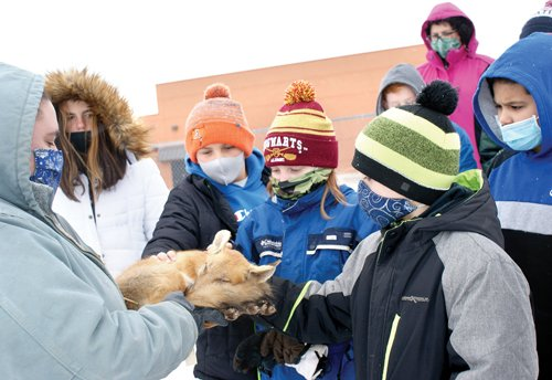Kids learn winter lessons outdoors