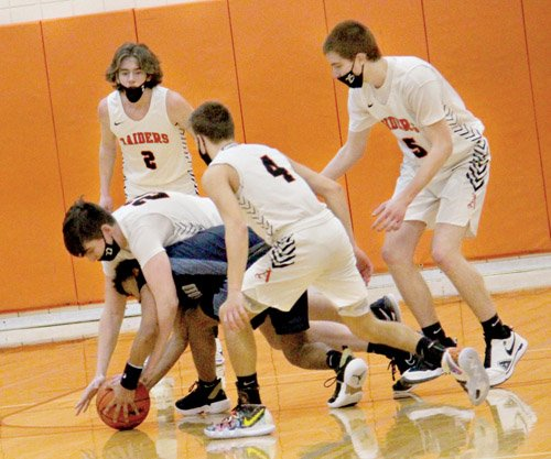 Almont on a roll, win 75-50