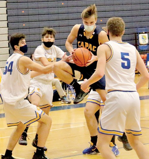 Spartans display strong offense against Chiefs