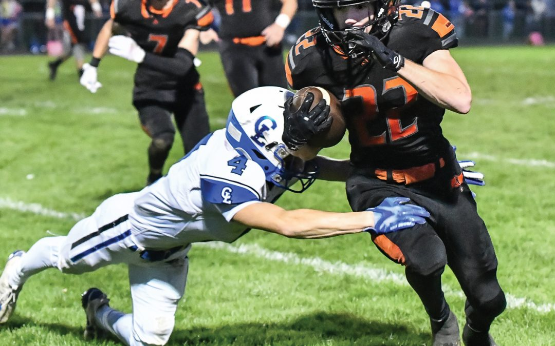 Almont drops homecoming game