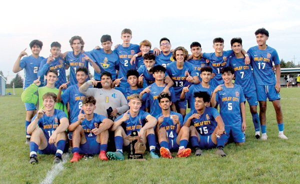 Spartans win district title 4-0